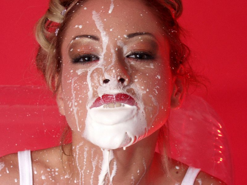 wet and messy creamy facial.